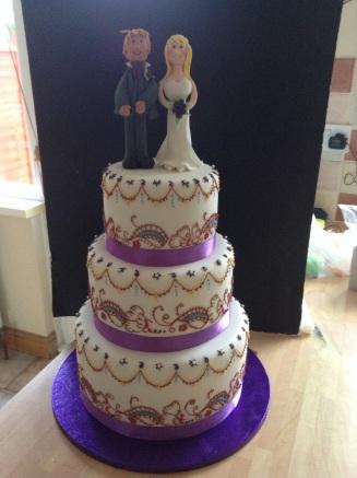 Wedding cake was henna tattoo inspired