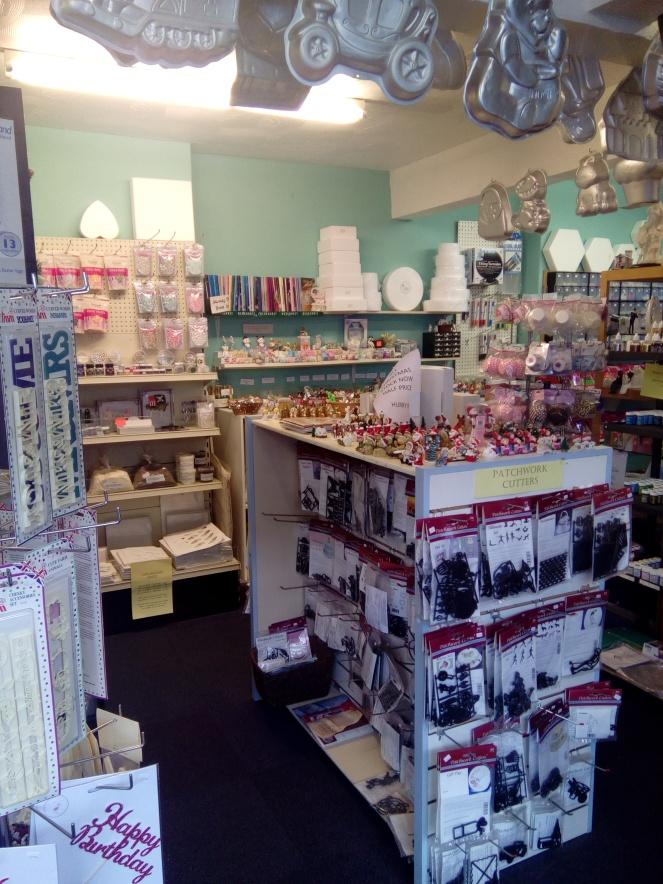 Shop sale interior 001