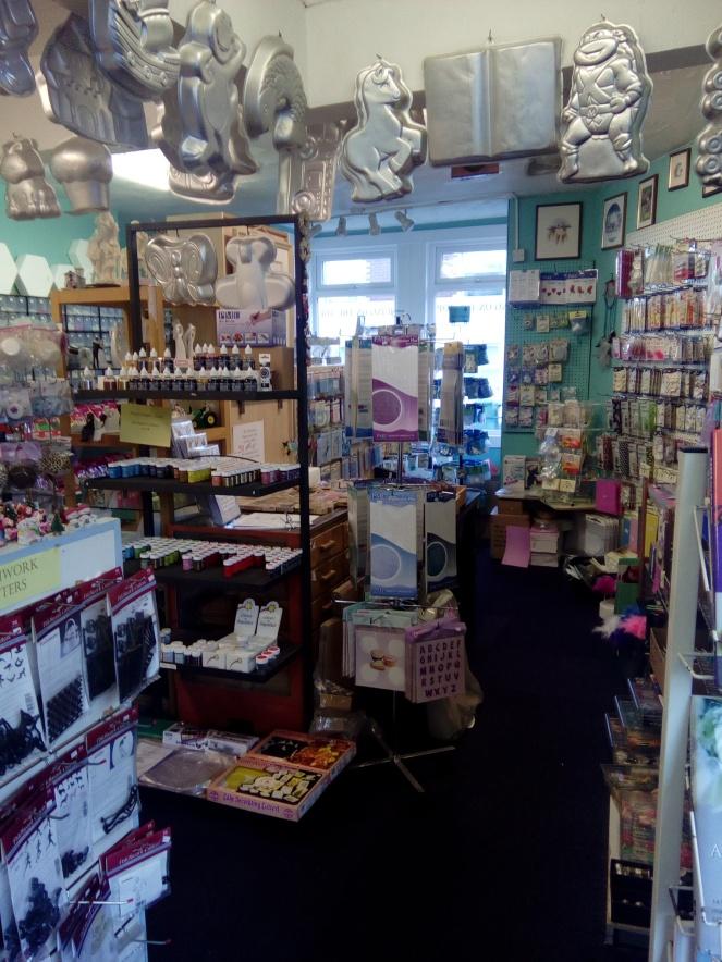 Shop sale interior 002