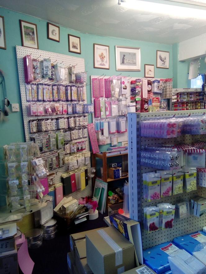 Shop sale interior 004